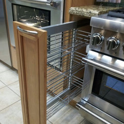 FBS SHOWROOM 512 E. Dallas Rd. Grapevine TX 76051 - Pull-Out spice rack with chrome wire