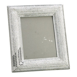 Silk Plants Direct - Silk Plants Direct Tin Picture Frame (Pack of 6) - Silk Plants Direct specializes in manufacturing, design and supply of the most life-like, premium quality artificial plants, trees, flowers, arrangements, topiaries and containers for home, office and commercial use. Our Tin Picture Frame includes the following: