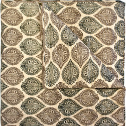 Divine Designs - Kelsey Block Print Quilt- Queen Caramel - This soft and cozy quilt, will add peaceful vibes to your bedroom.