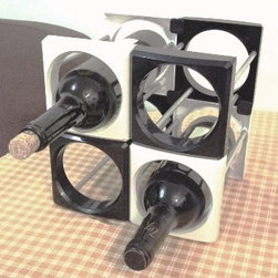 Multi wine rack - A wine rack for storage of 750-1000ml bottle of wine, make use of 2 pc of durable plastic covers and metal racks.