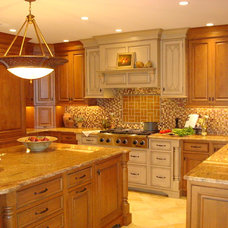 Traditional Kitchen Cabinetry by Tom Murphy