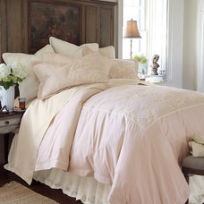 Traditional Bedding Traditional Bedding