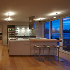 Modern Kitchen Lighting And Cabinet Lighting by Future Light Design