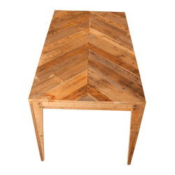 Wooden Dining Table Chevron Design crafted from recycled pallets - Dimensions: