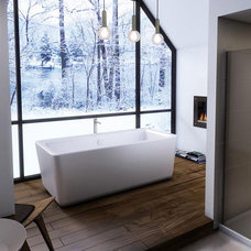Contemporary Bathtubs by OakWood Renovation Experts