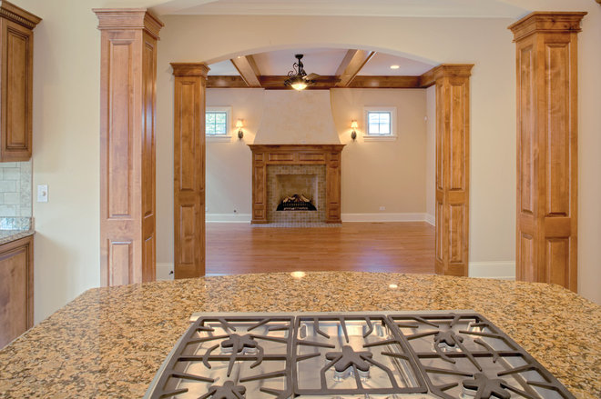 Traditional  by Summit Signature Homes, Inc.