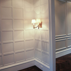 Traditional  by Farallon Construction Inc.