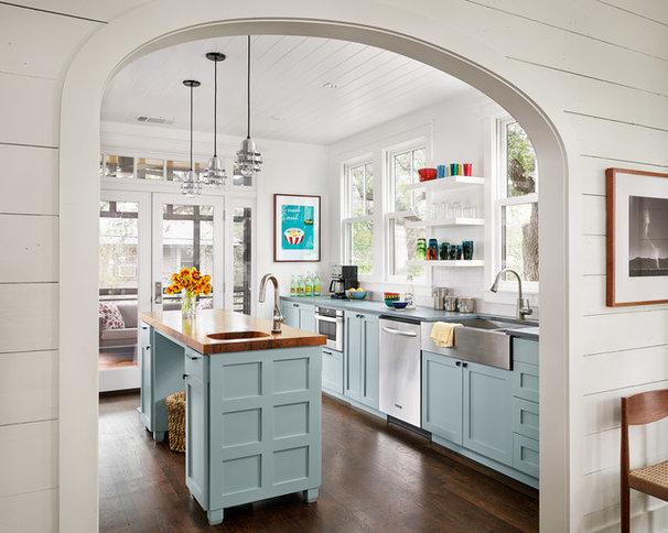Farmhouse Kitchen by Clayton&Little Architects