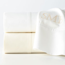 Charisma - King Sheet Set Monogrammed - WHITE (KING) - CharismaKing Sheet Set MonogrammedDesigner About Charisma:Charisma linens are known for an understated elegance with attention to detail and quality workmanship. The Charisma collection includes fine bedding and towels that are often crafted from luxurious fabrics such as Egyptian cotton and Supima cotton for a truly soft touch that endures.