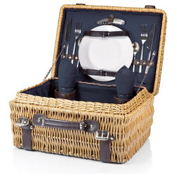Traditional Picnic Baskets by Shop Chimney