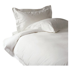 "600 TC Sheet Set 15"" Deep Pocket with Duvet Cover Solid White, Twin - You are buying 1 Flat Sheet (66 x 96 Inches), 1 Fitted Sheet (39 x 80 inches), 1 Duvet Cover (68 x 90 Inches) and 2 standard size Pillowcases (20 x 30 inches) only."