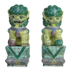 Golden Lotus - Pair Chinese Handmade Colorful Ceramic Foo Dogs - This is a pair of colorful ceramic Foo Dogs. Foo Dogs are believed that can protect the owner and his family.