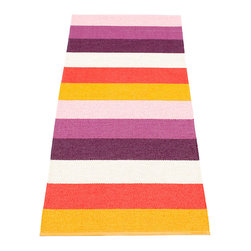 Pappelina - Pappelina Molly Plastic Rug, Orange - This  rug from Pappelina, Sweden, uses PVC-plastic and polyester-warp to give it ultimate durability and clean-ability. Great for decks, bathrooms, kitchens and kid's rooms