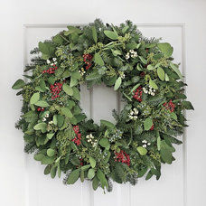 Triple Berry Wreath & Garland | Williams-Sonoma