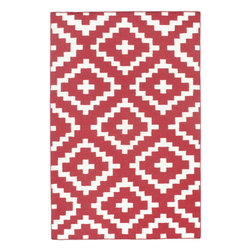 Momeni - Laguna Red Contemporary Lattice 2' x 3' Momeni Rug by RugLots - Geometric patterns, vibrant colors and chic simplicity all collaborate to make the flat-weave Dhurry collection, Laguna. Made in India of 100% wool, Laguna utilizes a vibrant color palette that plays off geometric patterns often found in paving stones, basket weaves and nature.