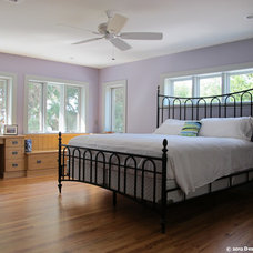Traditional Bedroom by Design Freedom, inc.