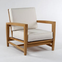 Kingsley Bate Amalfi Deep Seating Lounge Chair - This garden chair is so elegant and sexy. I'm ready to go outside on my deck and relax in one of these. If only the weather would cooperate.