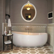 Contemporary Bathtubs by Hydro Systems, Inc.