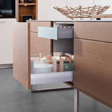 Contemporary Kitchen Products by Belle Design Build