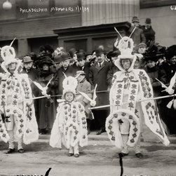 Mummers on Broad St., New Year's Day, Philadelphia, PA. Print - Mummers on Broad St., New Year's Day, Philadelphia, PA. Photographed by the Bain News Service 1/1/1909.