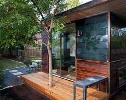 "Sett Studio - Sett Studio - The Sett Studio office is more like a pre-fab house, with a ""water and ice shield roof membrane"" and Drywall walls and Monotred flooring."