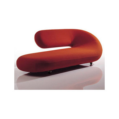 Chaise Lounge Sofa By Artifort - Sculptural seating plastics by Pierre Paulin and Geoffrey Harcourt. A perfect combination of functionality and aesthetics. Eye-catching, marking a space. The woollen stretch fabric easily follows the round forms. The Classics from Artifort. Tubular steel frame with horizontal springing, upholstered with moulded foam. Designed by Pierre Paulin & Geoffrey Harcourt 1970