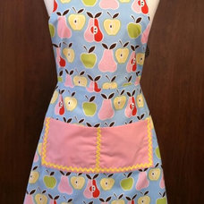 Contemporary Aprons by Luulla