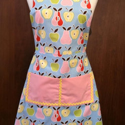 Pears and Apples Full apron - A very cute apron that would make a great gift for the baker in the family. This full apron will fit most sizes. It has a generous front pocket with ric rac trim. Double faced satin ties finish it off.