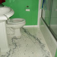 Modern Bathroom by concrete impression