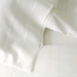 Area - Simone Fitted Sheet - Soft, lightweight pure linen with decorative French seams. Duvet covers, sheets and cases.