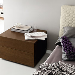 Infinity Night Stand by Rossetto -