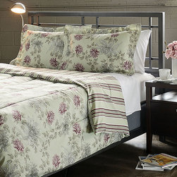 None - Water Flower Purple 3-piece Full/ Queen-size Duvet Cover Set - This microfiber duvet cover set features a rich sage color with purple accents in a traditional floral pattern. The duvet cover reverses to a striped design.