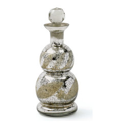 Go Home - Pair Of Glass Brochant Decanter - This Brochant Decanter adds elegance and charm to your home bar.Amazingly crafted from glass and has antiqued etched silver finish and a spherical glass stopper.It is perfect for gift idea.