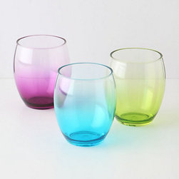 Ombré Tumbler - Pretty in pastels, Anthropologie's cool plastic cups won't break the bank. Heck, they wont even break!