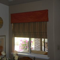 R. Farra Kitchen Nook - Basic Cornice Box with Functional Roman Shade in coordinating Fabric