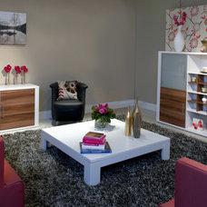 Modern Living Room by Optimise Design