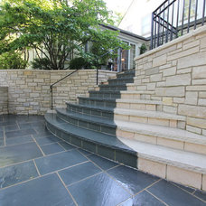 Traditional  by North Shore Hardscapes
