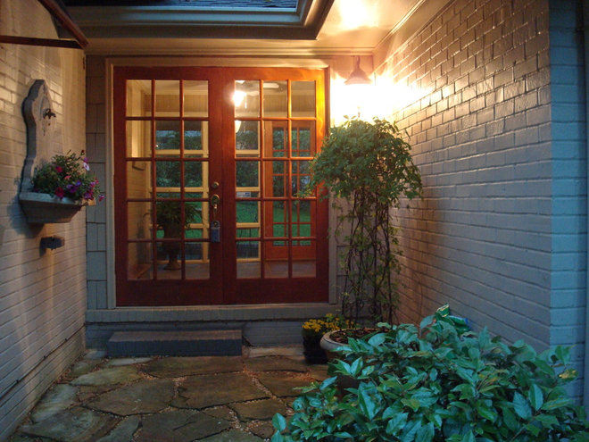 Traditional Entry Staging Designs