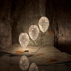 eclectic pendant lighting find industrial pendant lights and globe pendant lighting online. Black Bedroom Furniture Sets. Home Design Ideas
