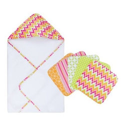 Trend Lab Baby Savannah 6 pc. Hooded Towel and Washcloth Set - Make sure you have backup when it comes to bathing your bundle of joy with the Trend Lab Baby Savannah 6 pc. Hooded Towel and Washcloth Set. Stylish, bright, and fun, this set features modern printed cotton on the front and terry on the back.About Trend LabFormed in 2001 in Minnesota, Trend Lab is a privately held company proudly owned by women. Rapid growth in the past five years has put Trend Lab products on the shelves of major retailers, and the company continues to develop thoroughly tested, high-quality baby and children's bedding, decor, and other items. Trend Lab continues to inspire and provide its customers with stylish products for little ones. From bedding to cribs and everything in between, Trend Lab is the right choice for your children.
