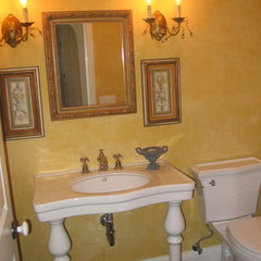 traditional bathroom by Barbara Stock