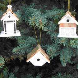 Home Bazaar, Inc. - Mixed Birding Assortment 3 (White) - The incredible details on our birdhouse and birdfeeder miniatures are sure to make them welcome additions to your Christmas tree. Each mixed set contains one 2044SS, 9001SS and 9033SS in White. Not intended for outdoor use. Individual Ornament: 3 H x 3 W