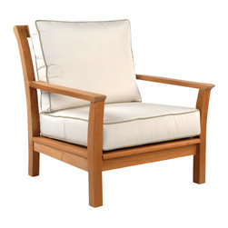 Chelsea Lounge Chair - By Kingsley Bate - Minimal in ornamentation, the transitional design of the CHELSEA lounge chair adds casual sophistication to any setting.