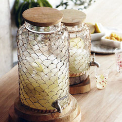 Rattan Beverage Dispenser - I love the beachy feel of this dispenser!