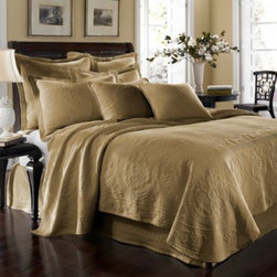 Historic Charleston Collection - King Charles Matelasse Coverlet in Birch - Steeped in Historic Charleston's rich, classic style and decorative arts culture, the King Charles 100% cotton matelasse bedding collection offers the ultimate blend of European, Caribbean, and Asian influences.