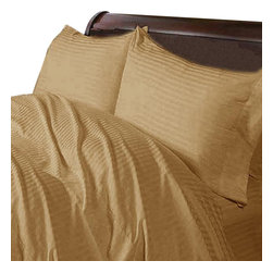 Hothaat - 400TC Stripe Taupe Olympic Queen Fitted Sheet & 2 Pillowcases - Redefine your everyday elegance with these luxuriously super soft Fitted Sheet. This is 100% Egyptian Cotton Superior quality Fitted Sheet that are truly worthy of a classy and elegant look.