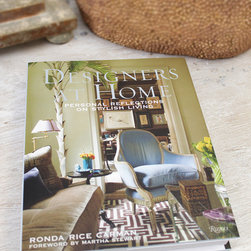 Designers at Home - Rhonda Rice Carman - From neo-Edwardian estates to nostalgic beach house retreats to upscale urban lofts, Designers at Home offers an intriguing angle on design philosophy by following well-known designers home.  A paean to personal space and its endless individualities, this gorgeous book by a well-known design blogger offers the tips, advice, and unique flair of multiple interior experts in one lovely volume.
