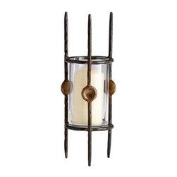 Accessory - Vases - Medium Takia Vase
