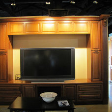 Traditional  by Superior Cabinets