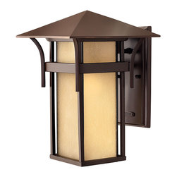 Hinkley Lighting - Harbor Medium Outdoor Lantern - Harbor has an updated nautical feel, with a style inspired by the clean, strong lines of a welcoming lighthouse. The cast aluminum and brass construction is accented by bold stripes against the seedy glass.